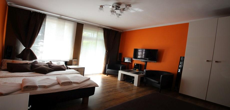 Rainbow Apartment - apartamenty i pokoje w KrakowieRainbow ...